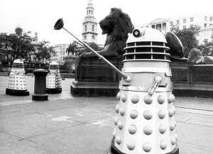 A Dalek does a Nazi salute