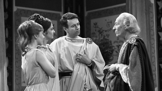 The TARDIS Crew in The Romans