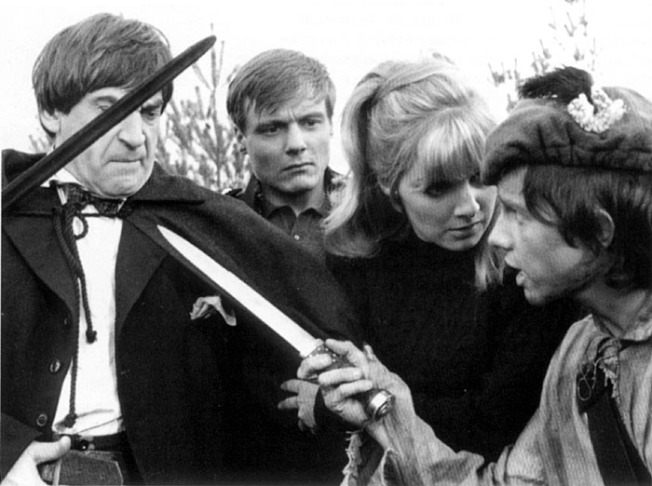 Jamie confronts the Doctor, Ben and Polly in The Highlanders