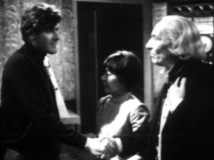 The Doctor says farewell to Steven as the distressed Dodo looks on