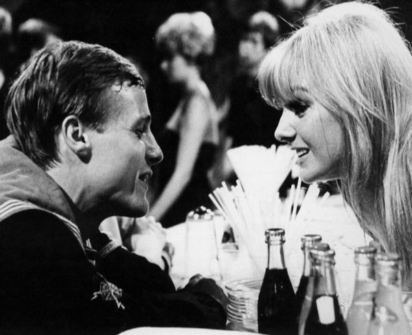 """Ben and Polly in """"The Inferno"""", the hottest nightclub in London"""