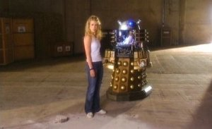 Rose is compelled to order the Dalek's own destruction as it is psychologically traumatized by its human DNA
