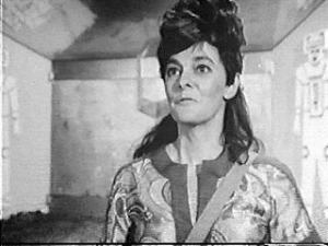 "The ""blacked up"" Shirley Cooklin as Kaftan"