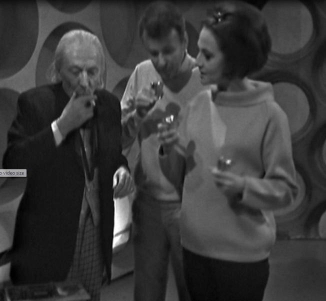 Barbara realizes that Vicki is not in the TARDIS with them
