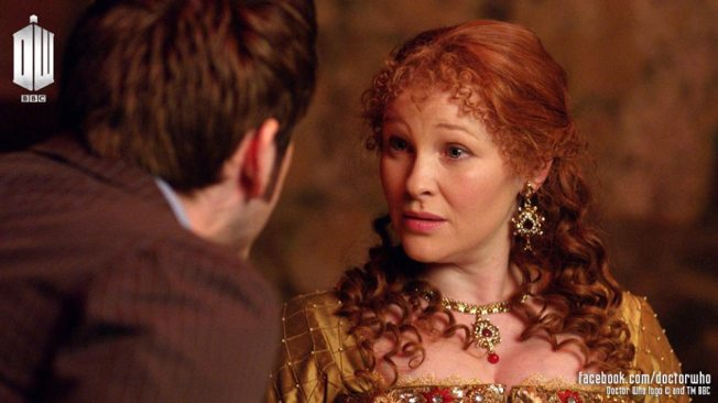 The Tenth Doctor with Joanna Page who appears as Queen Elizabeth I